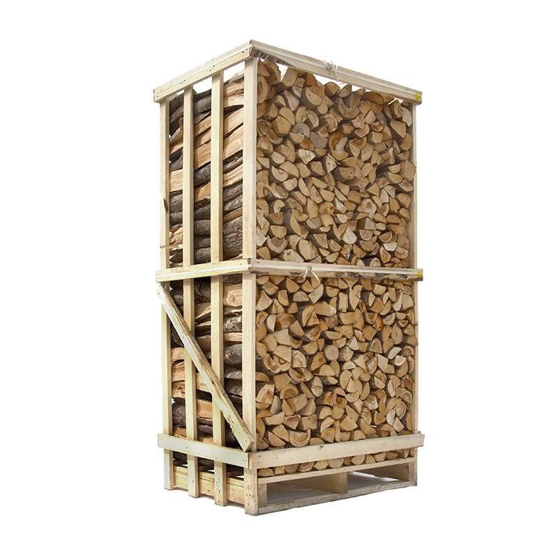 Lufttørret blandet løvtræ - stablet brænde